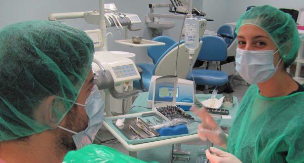 Curso de Implantologia e Reabilitação Oral – 2017/2018
